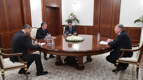 Президент Республики Узбекистан встретился с председателем правления ведущей немецкой компании Мангольд Консалтинг - Sputnik Ўзбекистон