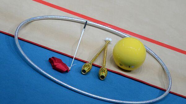 Спортивный инвентарь на чемпионате мира по художественной гимнастике - Sputnik Узбекистан