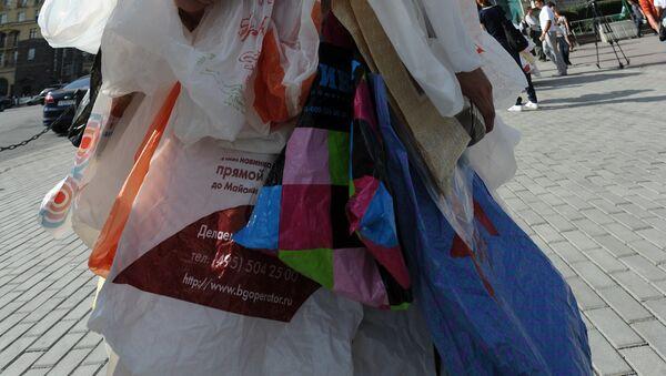 Акция зеленых против использования пластиковых пакетов - Sputnik Ўзбекистон