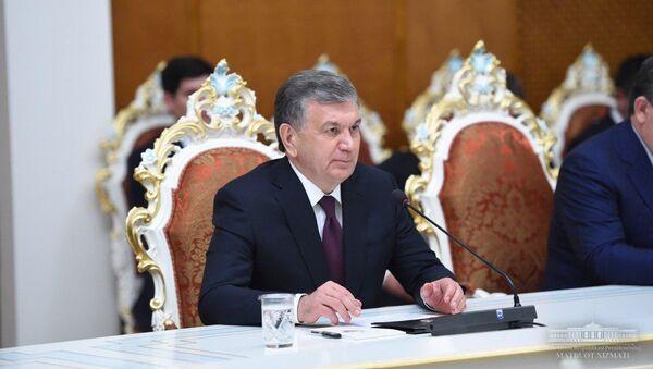 Президент Узбекистана во время визита в Душанбе - Sputnik Узбекистан
