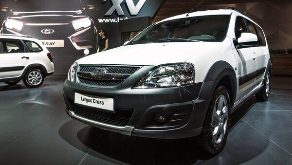 Avtomobil Lada Largus Cross - Sputnik Oʻzbekiston