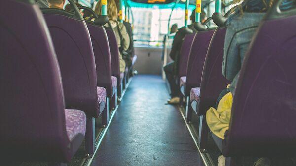 Салон автобуса - Sputnik Узбекистан