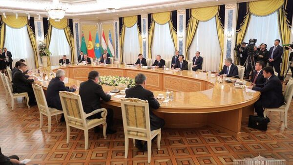 Главы стран ЦА на встрече в Казахстане - Sputnik Узбекистан