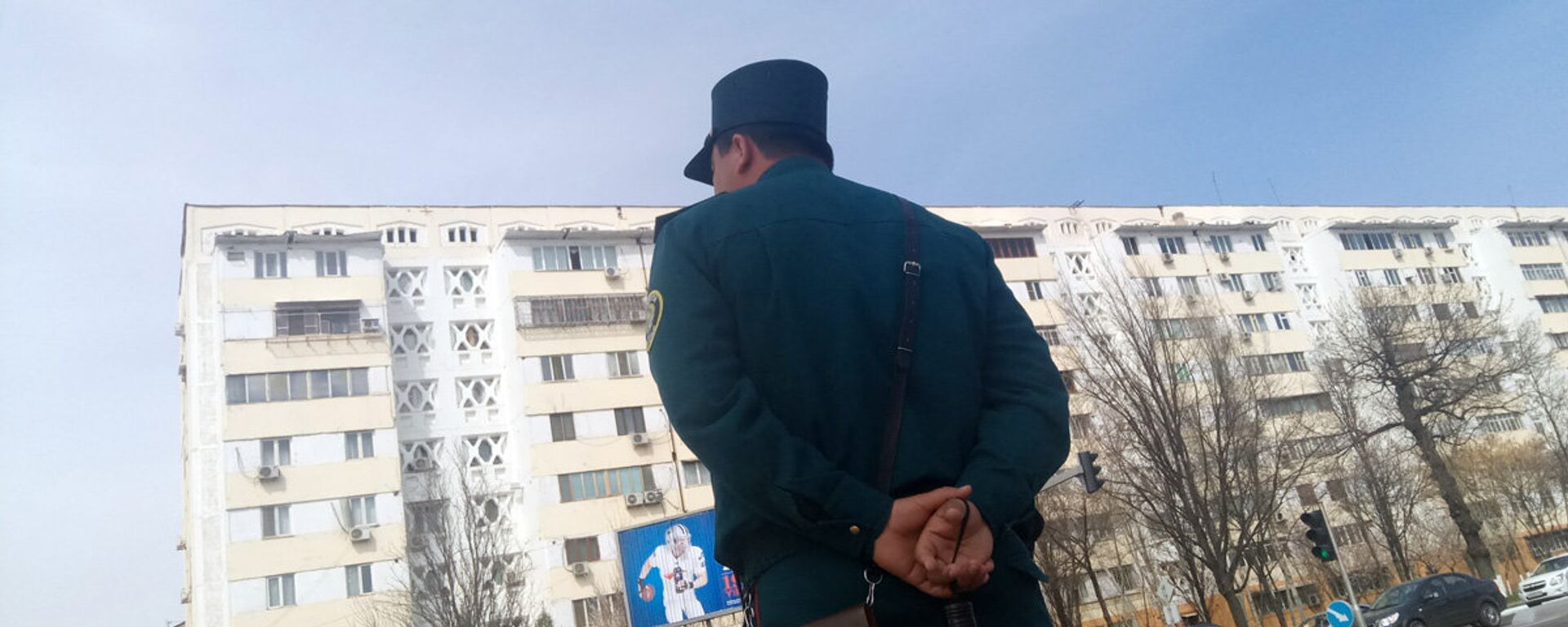 Сотрудник ГАИ - Sputnik Узбекистан, 1920, 29.12.2020
