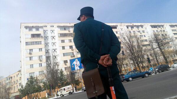 Сотрудник ГАИ - Sputnik Узбекистан
