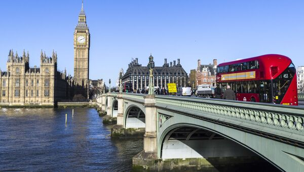 Вестминстерский мост через реку Темза в Лондоне - Sputnik Ўзбекистон