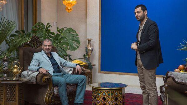 Известный российский актер Вячеслав Разбегаев присоединился к съемочной группе художественного фильма Scorpion Мухлисы Азизовой - Sputnik Узбекистан