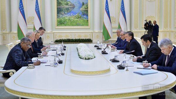 Президент Республики Узбекистан принял заместителя Государственного секретаря США - Sputnik Ўзбекистон