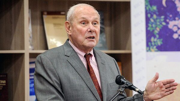 Amerikanskiy ekspert  i politolog Frederik Starr - Sputnik Oʻzbekiston