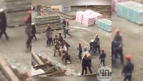 Draka v JK Turgenev, Krasnodar - Sputnik Oʻzbekiston