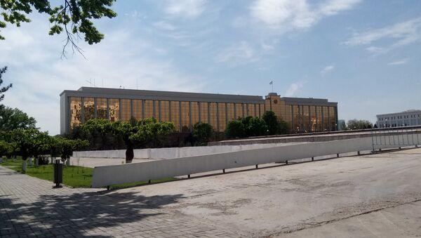 Здание Кабинета министров Узбекистана - Sputnik Ўзбекистон