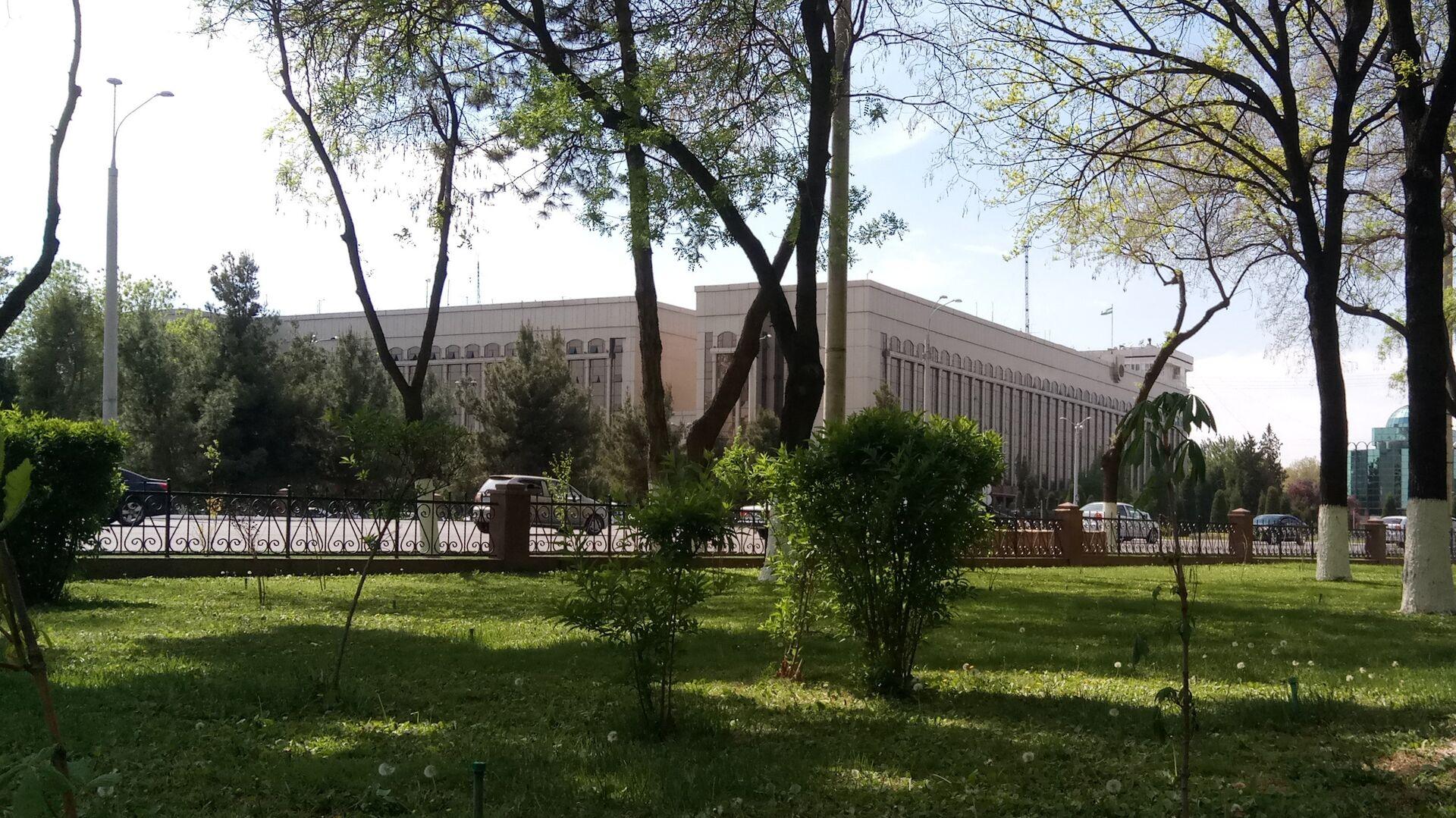 Здание МВД Узбекистана в Ташкенте - Sputnik Узбекистан, 1920, 16.05.2021