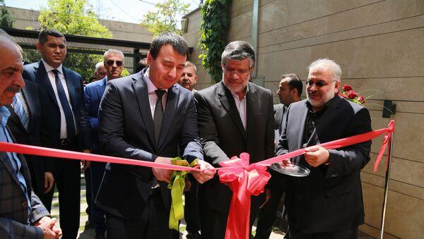 В Тегеране открыли узбекско-иранский торговый дом - Sputnik Узбекистан