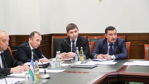 Узбекистан и Россия подписали дорожную карту об увеличении рейсов между странами - Sputnik Ўзбекистон