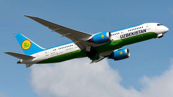 Boeing 787 Dreamliner авиакомпании Узбекистон хаво уйллари - Sputnik Ўзбекистон