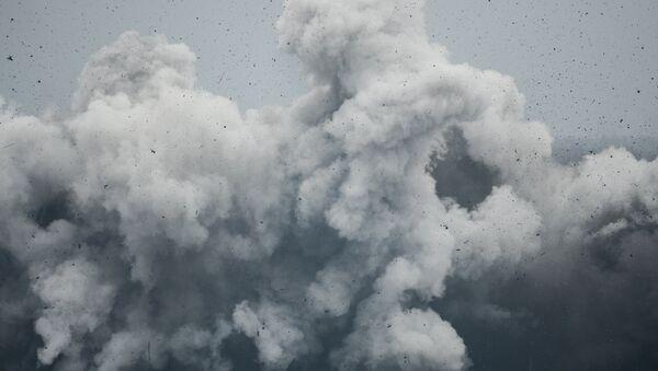День ракетных войск и артиллерии на полигоне Луга в Ленинградской области - Sputnik Ўзбекистон