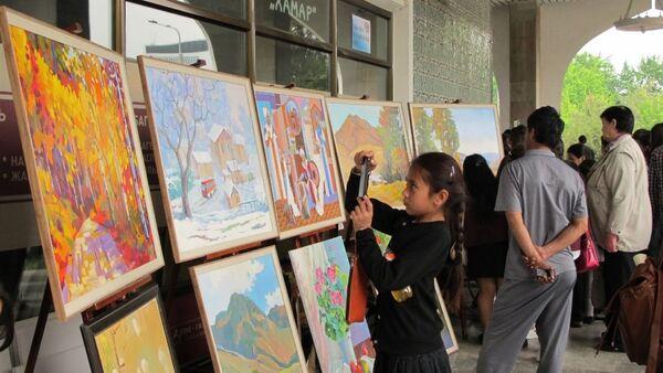 В Ташкенте стартовал фестиваль изобразительного и прикладного искусства - Sputnik Узбекистан