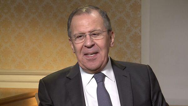 СПУТНИК_Лавров высмеял предположения о слежке ГРУ за почтой Юлии Скрипаль - Sputnik Узбекистан