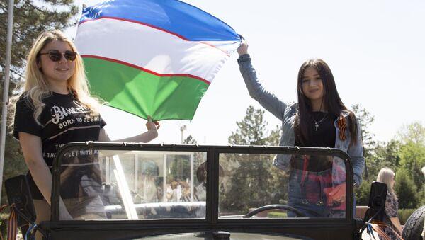 Ташкентская молодежь встречает участников автопробега Победа - одна на всех - Sputnik Узбекистан
