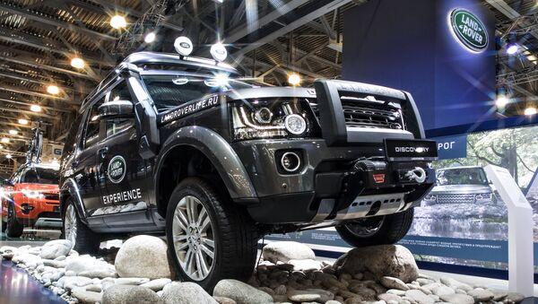 Автомобиль Land Rover Discavery - Sputnik Ўзбекистон