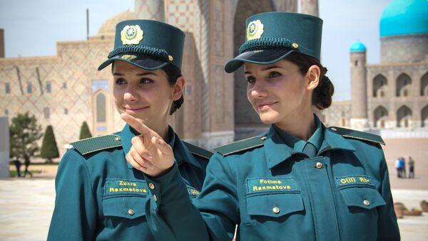 Сотрудники узбекской милиции - Sputnik Ўзбекистон