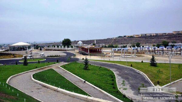 Шавкат Мирзиёев ознакомился с ходом строительных работ в парке культуры и отдыха города Намангана - Sputnik Ўзбекистон