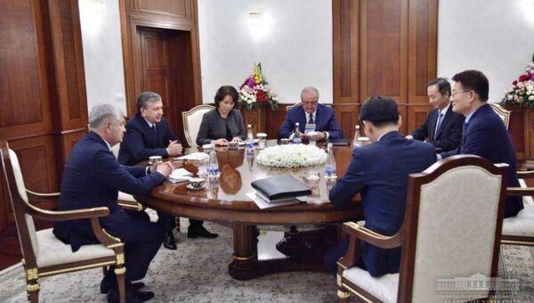 Президент Республики Узбекистан Шавкат Мирзиёев принял делегацию Республики Корея - Sputnik Ўзбекистон