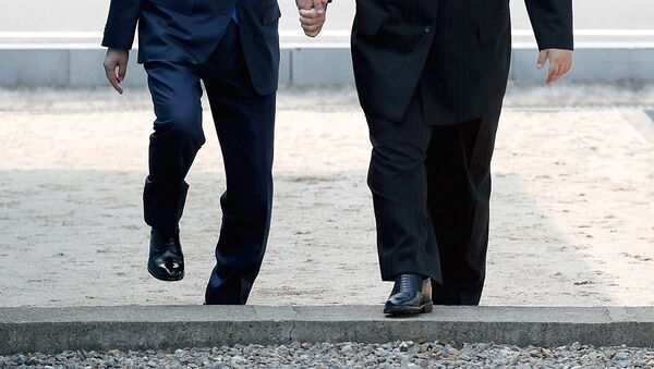 Встреча лидеров Южной и Северной Кореи - Sputnik Ўзбекистон