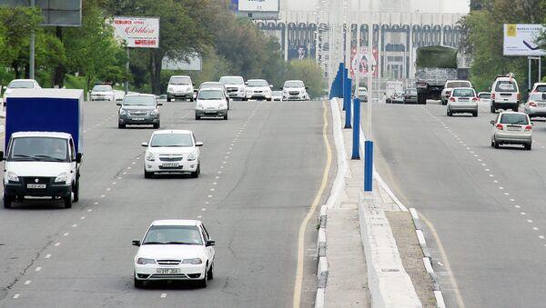Автомобильная дорога в Ташкенте - Sputnik Ўзбекистон