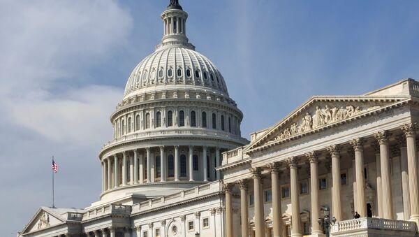 Здание Конгресса США (Капитолий) в Вашингтоне. - Sputnik Ўзбекистон