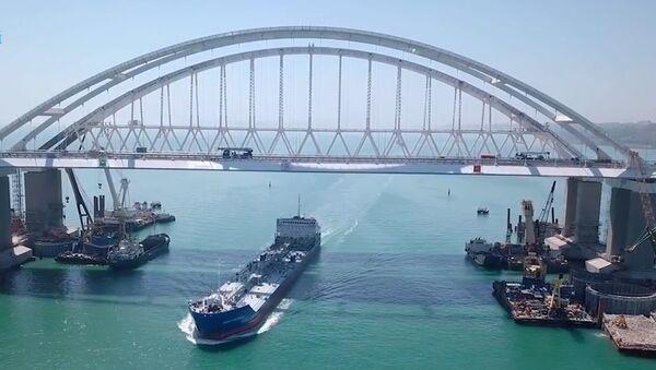 Как строили Крымский мост. Ускоренная видеоверсия - Sputnik Узбекистан