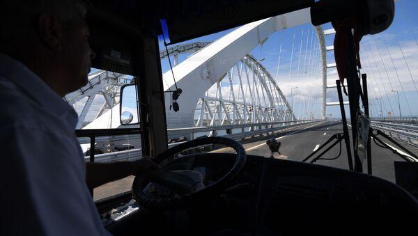 Открытие автомобильной части Крымского моста - Sputnik Узбекистан