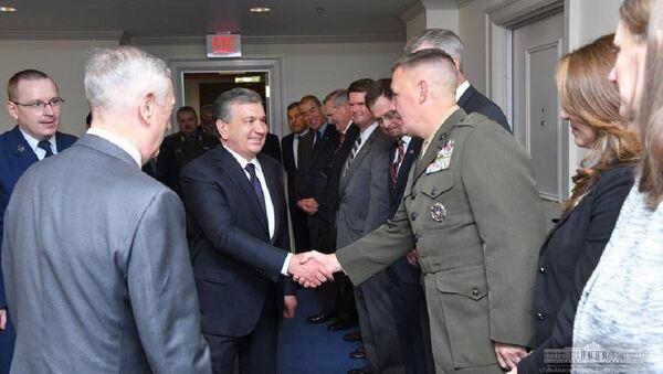 Shavkat Mirziyoyev posetil Pentagon - Sputnik Oʻzbekiston