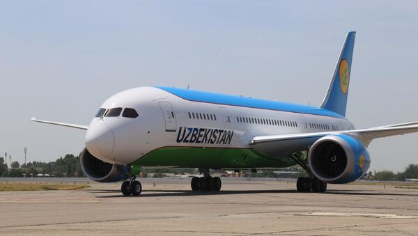 """""""Узбекистон хаво йуллари"""" передали новый Boeing 787 Dreamliner - Sputnik Ўзбекистон"""