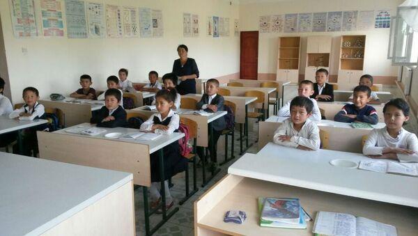 Филиал школы в Чиракчинском районе - Sputnik Ўзбекистон