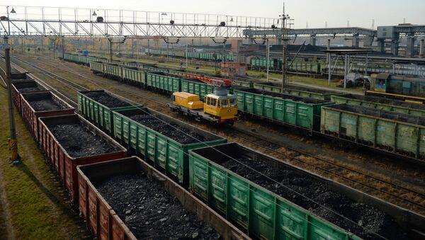 Вагоны на железнодорожной станции - Sputnik Узбекистан