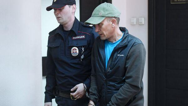 Избрание меры пресечения И. Подпорину за повреждение картины в Третьяковской галерее - Sputnik Узбекистан