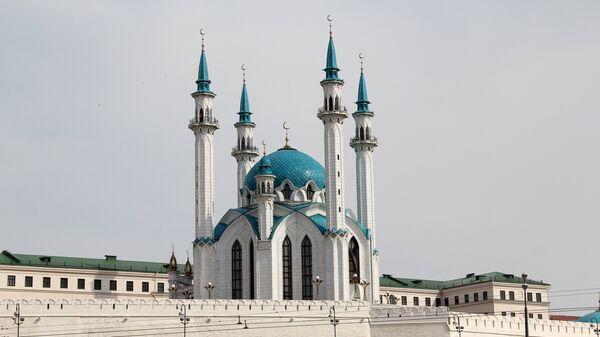 Кул-Шариф — главная соборная мечеть республики Татарстан расположена на территории Казанского кремля - Sputnik Узбекистан