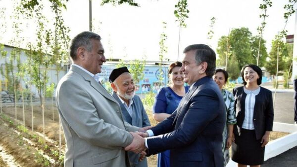 Президент встретился с активистами махаллы - Sputnik Ўзбекистон