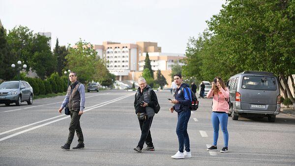 Туристы в Самарканде - Sputnik Узбекистан
