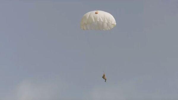 Военнослужащие Республики Узбекистан отрабатывали действия в условиях боевой подготовки - Sputnik Ўзбекистон