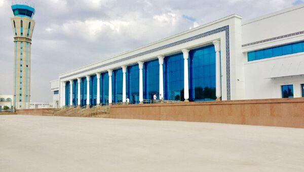 Новый терминал для прилетающих пассажиров международных авиалиний в аэропорту Ташкент им. И. Каримова - Sputnik Узбекистан