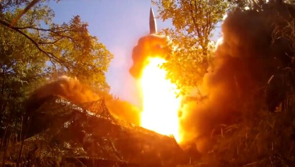 Искандер выпустил ракету - Sputnik Ўзбекистон