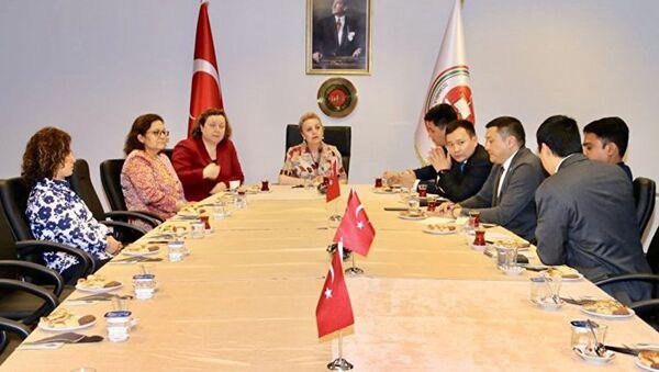 Миссия от ШОС провела работу по наблюдению за процессом голосования на выборах президента и депутатов парламента Турецкой Республики - Sputnik Узбекистан