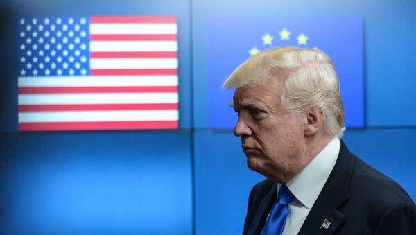 Prezident SSHA Donald Tramp na vstreche s liderami YES v Bryussele, arxivnoye foto - Sputnik Oʻzbekiston