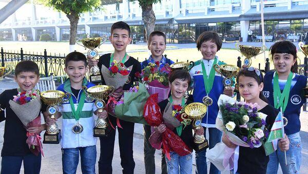 Участники чемпионата мира по шахматам среди кадетов - Sputnik Узбекистан