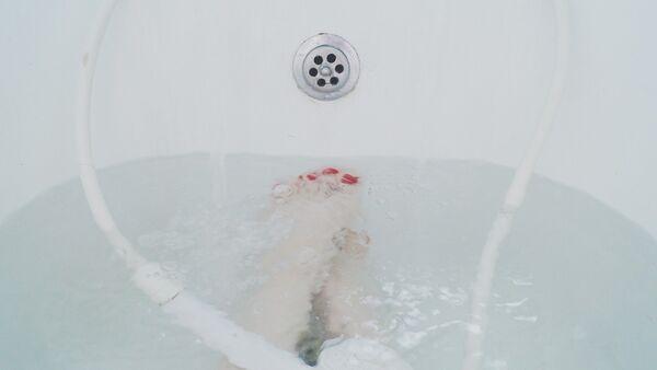 Женщина в ванне, фото из архива - Sputnik Узбекистан