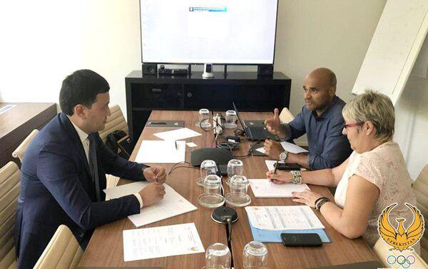 Умид Ахматджанов встретился с руководителем программы Олимпийская солидарность Пьере Миро - Sputnik Узбекистан