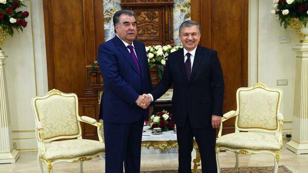Мирзиёев и Рахмон провели переговоры в Астане - Sputnik Узбекистан