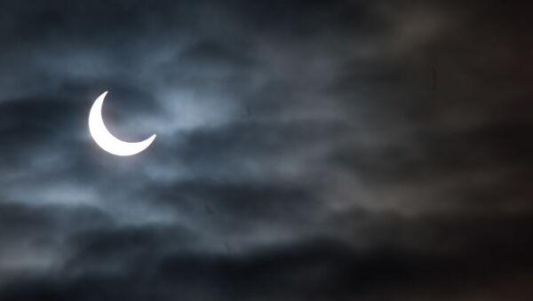 Солнечное затмение - Sputnik Узбекистан